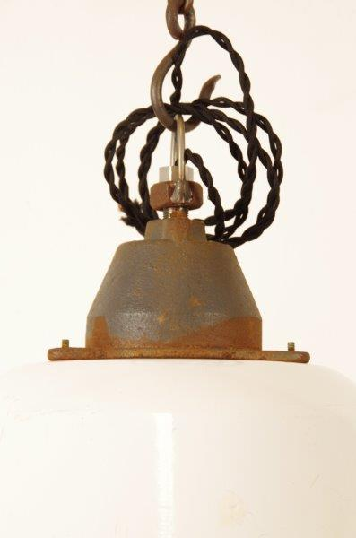 Industriële stalen hanglamp wit