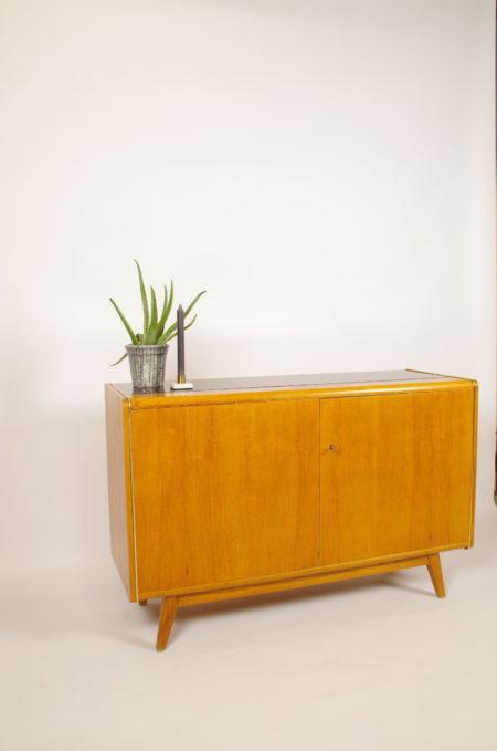 Vintage design kast van Jitona