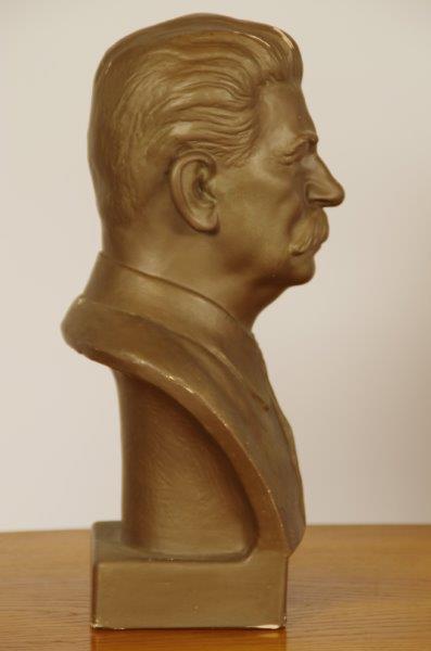 Oud gipsen buste Jozef Stalin