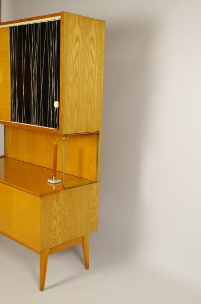 Vintage design wandkast Jitona, jaren 60