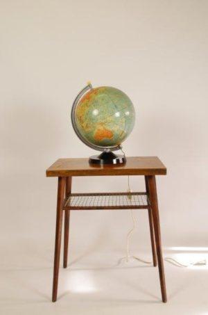 Vintage globe lamp | wereldbol