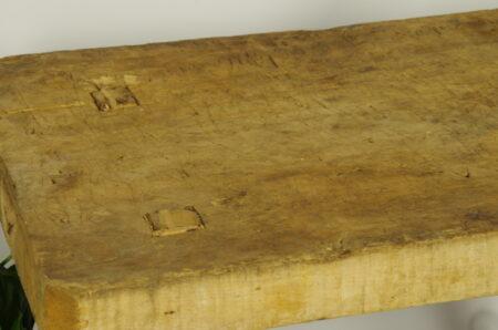 Oude houten slagersbank, werkbank, tafel