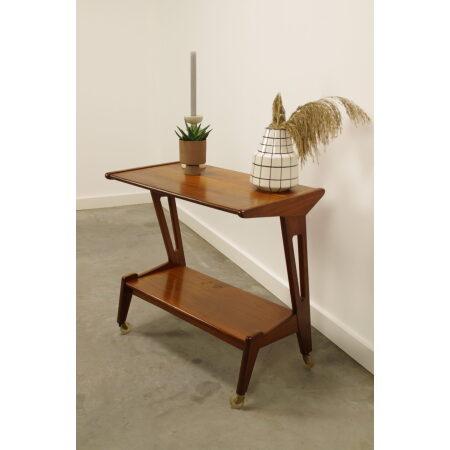 Vintage design tafel op wielen Webe, Louis van Teeffelen, sidetable, bijzettafel