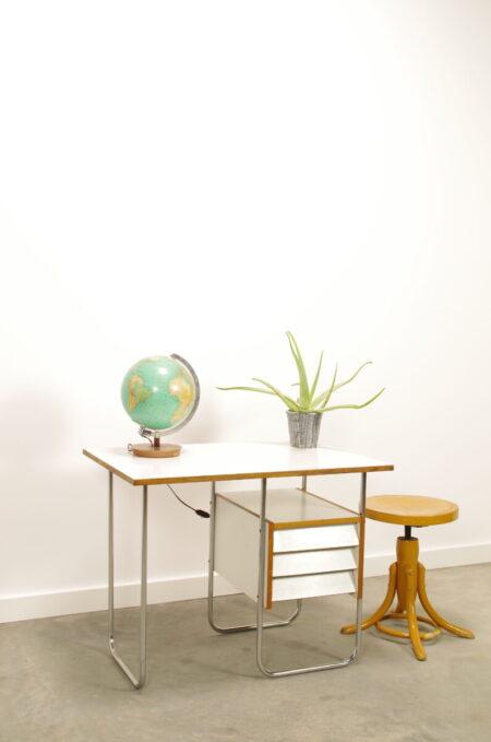 Vintage bureau met lades, buizenframe bureau