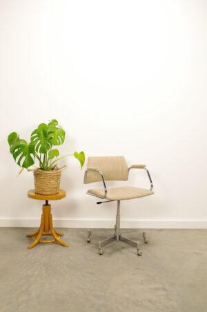 Vintage bureaustoel, buizenframe draaistoel