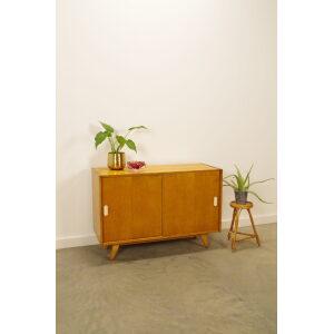 Vintage design fineer kast Jiri Jiroutek met witte grepen, lowboard, sideboard, dressoir, badkamermeubel