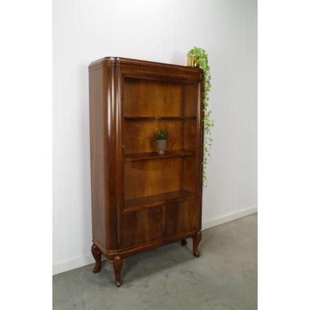 Antiek jaren 20 art deco notenfineer vitrinekast, vintage wandkast, buffetkast