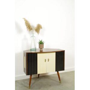 Vintage fineer tv kastje met messing, hoekkast, tv meubel