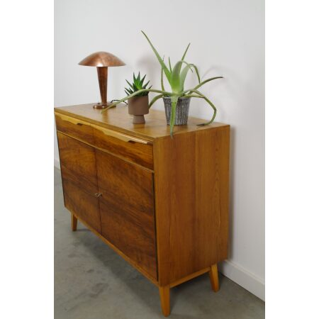 Vintage hoge donkere fineer kast met lades, jaren 60 ladekast, sideboard