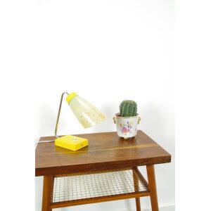Vintage gele tafellamp met glazen kap, bureaulamp